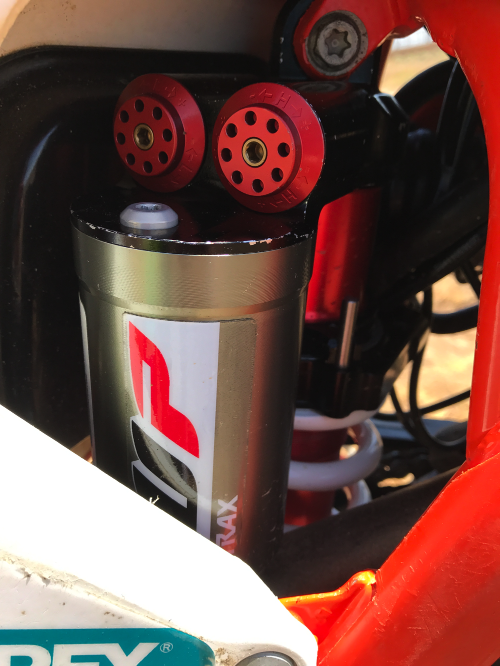 Reviewed: WP Cone Valve Fork And Trax Shock – PulpMX